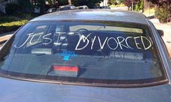 300px-just_divorced1